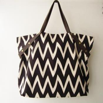 tote bag, chevron canvas tote bag, extra large summer tote, Large nautical tote ,with leather handles,leisure bag, handbag